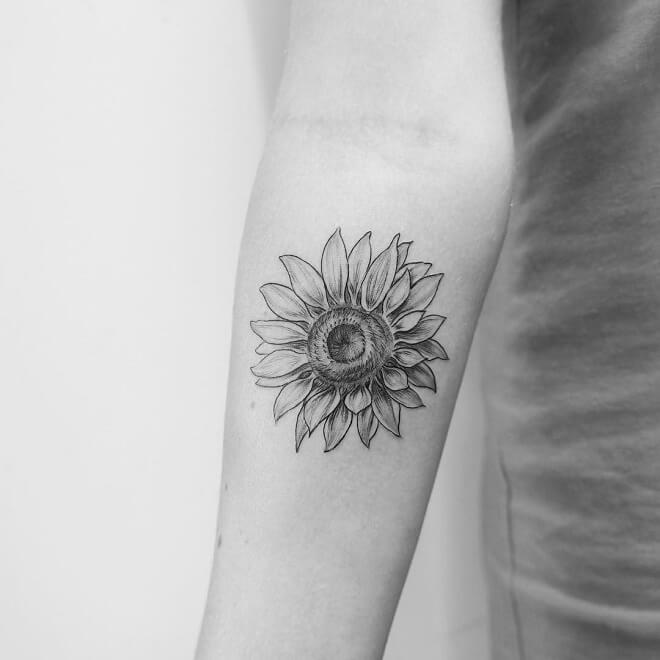 Faminine SunFlower Tattoo