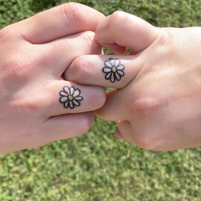 Finger Best Friends Tattoo