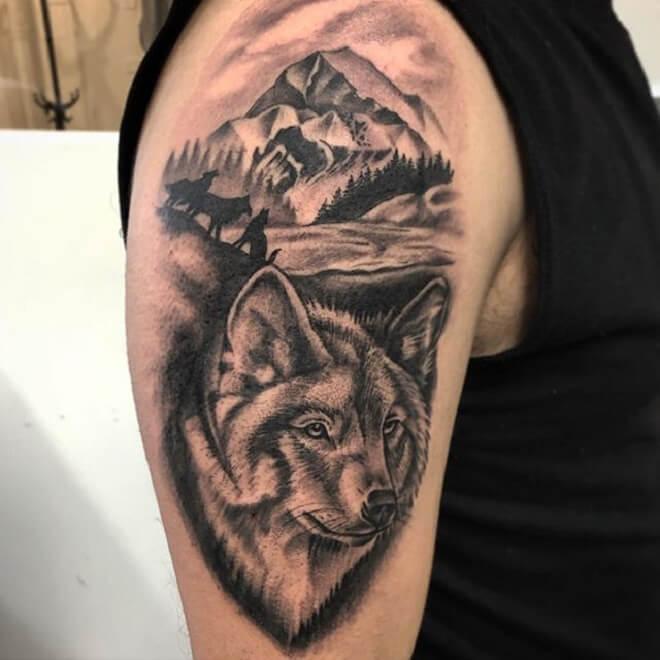 Hand Wolf Tattoo