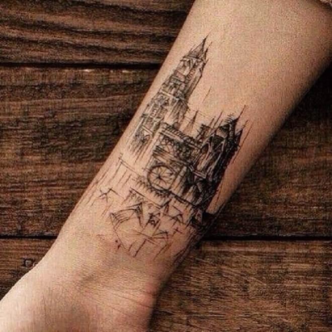 Heand City Tattoo