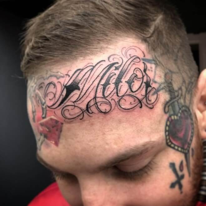 Letras Face Tattoo