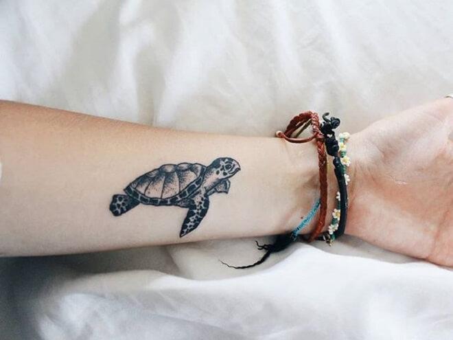 Hand Best Turtle Tattoo