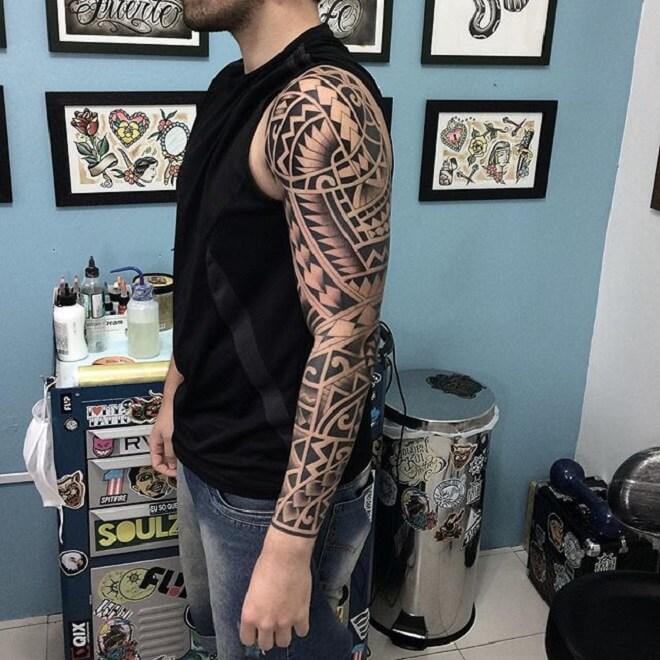 Hand Maori Tattoo
