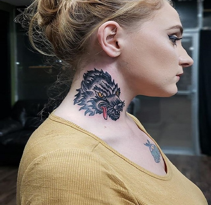 c11d95e14 ... vibrating needles come that close to this sensitive portion of the  human body. In reality, your tattoo might be your own type of jewellery. Neck  tattoos ...