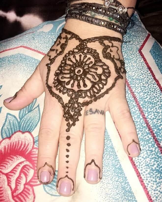 Mendhi Tattoo Design