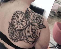 Top Clock Tattoo