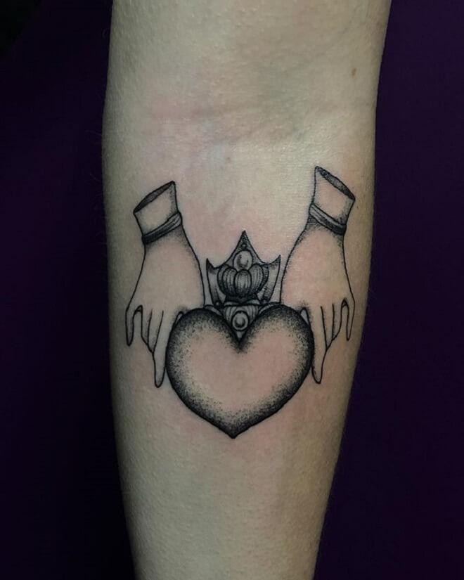 Hand Claddagh Tattoo