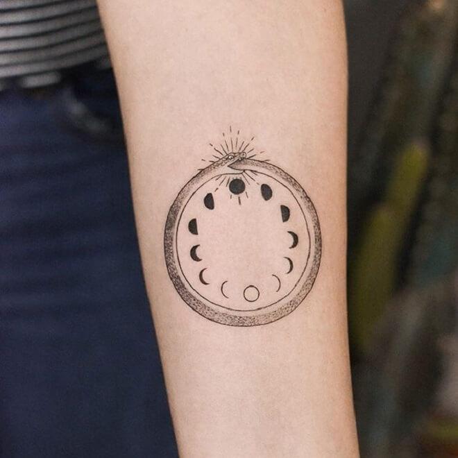 Round Ouroboros Tattoo