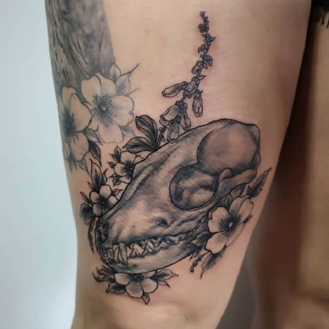 Thigh Fox Skull Tattoo