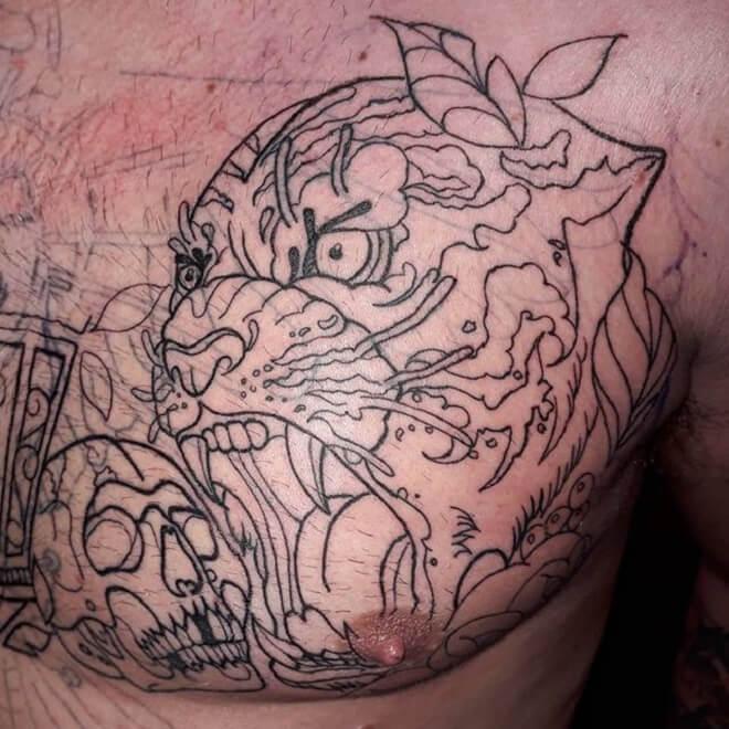 Traditional Fine line Tattoo