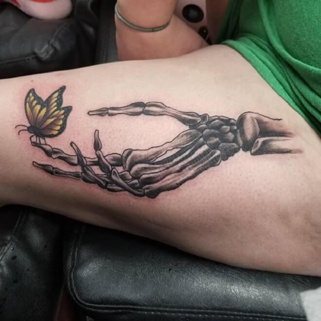 Women Skeleton Hand Tattoo